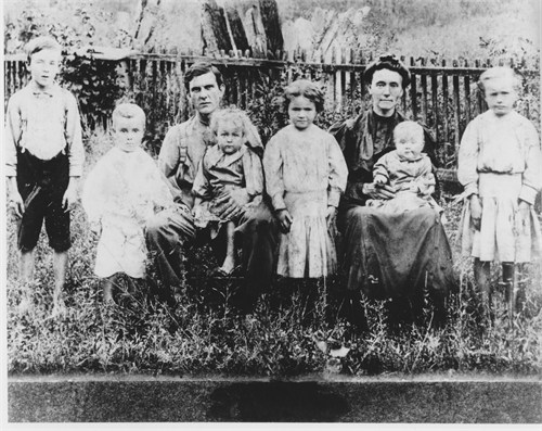 Henry Berry Owsley family.jpg?1404207412