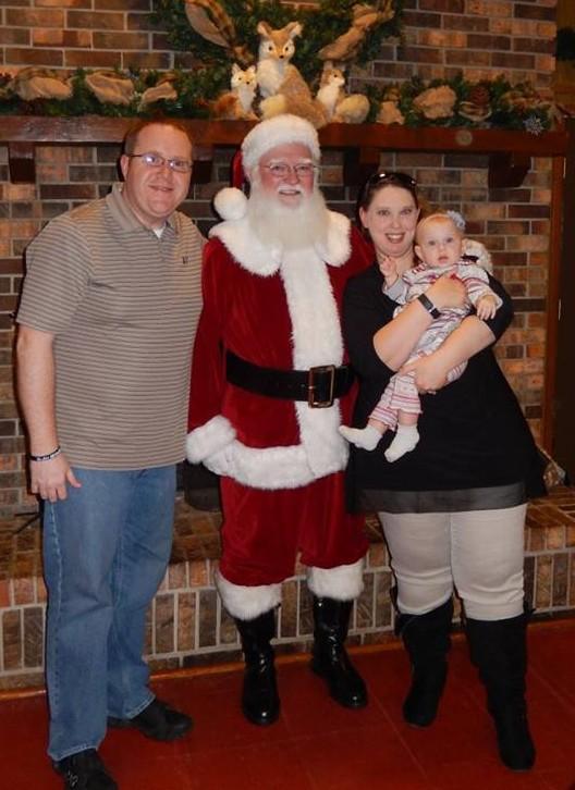 Joseph Owsley family christmas.jpg?14611